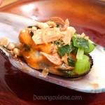 Chem chép nướng mỡ hành – Vietnamese grilled mussels
