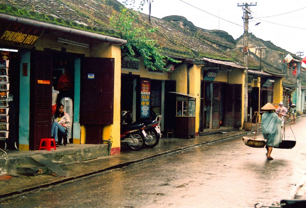 1. Hoi AN in rainy days
