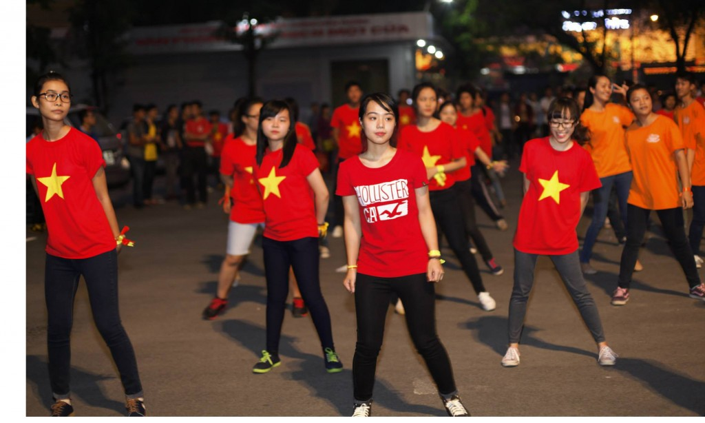 7. flashmob dancing