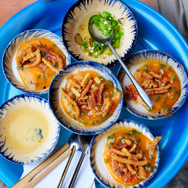 Eight delicious street dishes you must try in Hoi An, banh beo, water fern cake, hoian, hoian food, vietnam